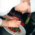 Märtsi lõpus loodud kokkade klubi tegutsemise eesmärgiks on erialase tegevuse arendamine ja propageerimine Kuressaare ametikoolis. Kokkasid on meie koolis koolitatud juba alates 1992. aastast. Praeguseks on ametikoolis koka ja toitlustusteeninduse eriala lõpetanud ligi 300 inimest. Tänaseks on õpitud ametile truuks jäänud paljud kokatööd armastavad, seda hingega võtvad, tublid ja hakkajad noored.