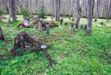 Vandaalid lõhkusid Karja surnuaias riste ja hauakive