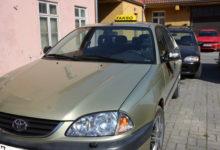 Kuressaares kõrvaldati roolist raskes joobes taksojuht