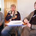 Valjala valla 32 külavanemast oli esmaspäeva pärastlõunal rahvamajas külavanemate koosolekul oma küla esindamas 23. Arutelul võeti luubi alla prügi käitlemine, teede korrastamine, heakorrakonkursi korraldamine, kevad-suvised kultuuriüritused, sealhulgas Valjala valla päevade läbiviimine.
