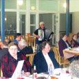 Kärla valla traditsiooniline pensionäride pidu toimus 2. mail valla kaasaegse interjööriga sööklas. Kaunis ilm juhatas sisse kena ja rahuliku õhtupooliku.