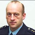 2008. aasta parimaks korrakaitsepolitseinikuks valiti Lääne politseiprefektuuri Kuressaare politseijaoskonna korrakaitsetalituse vanemkonstaabel Andrus Tänak (fotol).