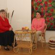 Eile südapäeval avati Kuressaare Raegaleriis puuetega inimeste käsitöö Saaremaa invaühingu eestvedamisel teoks saanud näitusmüük. Väljas on mitmesugust käsitööd – alates korvmööblist ning lõpetades sokkide-nukkude-seinapiltide ja puitesemetega.