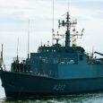 Kui üks kuulus mees ütles kunagi, et igas sadamas kohtab vähemalt ühte eestlast, siis Eesti mereväes kohtab igal alusel vähemalt ühte saarlast. Nii ka Kuressaare verivärskel vapilaeval – miinijahtijal Admiral Cowan.
