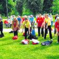 """""""Super!"""" iseloomustas kodulinna tagasi jõudnud Milvi Mets, Kuressaare päevakeskuse juures tegutseva kepikõnni- ja võimlemisrühma liige Taanis toimunud seeniormänge, kus Eestit esindasid Saaremaa seeniordaamid. Eile õhtul kogunesid tervisespordiharrastajad Milvi Metsa koju, kus Horsens Senior Lege 2008-l osalenud naised oma suurepäraseid muljeid jagasid ja edasisi plaane kavandasid."""