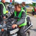 """""""See on puhkus hingele ja vabaduse tunnetamine,"""" ütles eile kultuurse motobande retke kohta Kuressaarde jõudnud viiuldaja Marju Varblane, kes oma Suzuki Freewind XF 650 Olerexi tanklas järgmiseks etapiks teele sättis."""