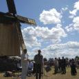 Nii palju inimesi ja autosid kui eile lõuna paiku pole Angla tuulikumäel varem nähtud. Seda rääkisid põlised külaelanikud ja Leisi valla ametnikud, kes eile Anglas Vilidu tuuliku taasavamisel osalesid.