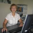 """Saaremaal sündinud-kasvanud Viivi Jokk töötab juba aastaid Tallinna Tehnikaülikooli IT täiendõppekeskuses arvutikoolitajana, kujundab raamatuid, käib end välismaal uuemate arvutiasjadega kurssi viimas ja teeb veel mitut-setut asja. """"Olen jah üks itimutt,"""" naerab ta ja lisab: """"Seni kui mõni noor poiss tuleb minu käest veel nõu küsima ja ma oskan seda anda, pole ju asi hull!"""""""