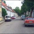 Kuressaare linna Komandandi tänava maja number kaheksa elanikud ei ole rahul esmaspäeval paigaldatud liiklusmärkidega, mis muutsid liikluskorraldust Komandandi tänava algusest kuni Torni tänavani.