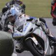 Teist aastat Kuressaare lennuväljal toimunud Hauster Racing Weekend pakkus saare rahvale vaadata põnevat mootorrataste ringrajasõitu, enim pani pealtvaatajad kaasa elama superbike klassis sõitnud sakslanna Nina Prinz, kes sai kolmanda koha.