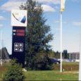 Seoses bensiinihindade kõikumisega võivad tanklate tablood hinnaga pisut valetada. Eile näitas Alexela tankla tabloo tegelikkusest 60 sendi võrra kõrgemat hinda.
