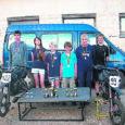 Kuigi Muhus on noorte motoringi juhendaja Paavo Aaviku eestvedamisel tegutsenud alles pool aastat, sõitsid saare noored Abja motovõistlusel end mitu korda esikolmikusse.