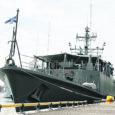 Kuna Kuressaare vappi kandev Eesti mereväe miinijahtija Admiral Cowan läks neljaks kuuks NATO reageerimisjõudude koosseisus Vahemerele, siis tuleb seekordseteks merepäevadeks saarlastele külla miinijahtija Sakala (pildil).