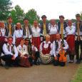 12.–25. juulini oli kolm Saaremaa rahvatantsurühma Piiprellid, Öieti (juh Eena Mark) ja Kadaka Mari (juh Virge Varilepp) madjaritemaal International County-Wandering festivalil. Kuna aega on parasjagu mööda läinud, on aeg ettevõtmisest kokkuvõte teha.