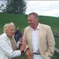 """Laupäeval oli Kaarma maalinnal Saaremaa VII küladepäev """"Julge olla kodanik"""". Saaremaa Kodukandi korraldatud küladepäeval osalejad tegid avaliku pöördumise, millega tahetakse juhtida riigi tähelepanu maaelu probleemidele. Päeva juhtis Ülo Kannisto."""