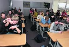 Saaremaa koolides jääb vähemaks klassikomplekte ja õpetajaid