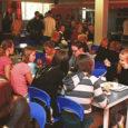 Sotsiaalminister Maret Maripuu esmaspäeval jõustuv määrus muudab laste toiduvaliku koolisööklates mitmekesisemaks ja samas ka kallimaks, eriti kui arvestada tänavusi hinnatõuse. Samas ütlevad Saare maakonna vallajuhid, et on nõus tekkiva vahe kinni maksma ning lapsevanematele suuremat maksukoormust peale ei panda.