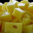 Poola firma Obram viivitus jaanipäevaks valmima pidanud uue juustuliini käivitamisel sunnib Saaremaa piimatööstust toorpiima kahjumiga Lätti müüma.