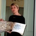 Reede hommikul avanes Loona mõisas enam kui poolesajal huvilisel võimalus osa saada omalaadse näituse avamisest. Kunstnik Vivian Majevski kalligraafilised taiesed ilmestavad Loona külastuskeskuse saali ja tõmbavad huviliste pilke.
