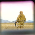 Poolteist aastat tagasi Afganistanist naasnud Saaremaa noormehe vabasurma minek tõstatab küsimuse, kas riik ikka toetab missioonilt naasnud sõdureid tavaellu tagasipöördumisel piisavalt. Noormehe ühe perekonnaliikme sõnul oli ta muutunud väga kinniseks ning ehkki temaga korduvalt vesteldi, tõdesid pereliikmed, et ei suutnud teda piisavalt aidata. Kuhu abisaamiseks pöörduda, perekond ei teadnud.
