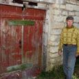 Pöide loomapidaja peab ärimees Erki Aavikut kaasvastutavaks seitsme lamba surmaga lõppenud mürgitusjuhtumis ning nõuab süüdlastelt 6000 krooni hüvitist.