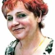 Pisikesest Saikla külast Loortse talust pärit pere vanima lapse Mareti kogu senine tööelu on olnud seotud lastega. Kunagisest Orissaare Keskkooli vanempioneerijuhist ja algklassiõpetajast sai 2000. aastal kuueks aastaks Kuressaare Noorte Huvikeskuse noorsootöötaja. Hiljem jagas Maret oma teadmisi sotsiaalpedagoogina korraga neljas Kuressaare koolis. Täna on ta ametis Kuressaare gümnaasiumis.