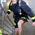 Esmakordselt treppidest jooksmise võistlusest osa võtnud Saaremaa päästeteenistuse töötajad tuli võistkondlikult 5. kohale.
