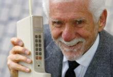 Maailma esimesel mobiiltelefonil täitus veerand sajandit