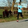 35. korda toimunud Saaremaa kolme päeva jooksu võidu võttis endaga Taivo Püi, kes kolme päeva kokkuvõttes läbis maratoni distantsi ajaga 2:17,15. Esikümnesse mahtus ka parim saarlane Ando Õitspuu.