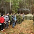 Sel nädalal veetsid osa oma koolivaheajast Merisel metsalaagris Kaitseliidu noored kotkad Kihelkonna, Kärla, Kuressaare, Mustjala ja Kaali-Pihtla rühmast.