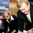 Olukorras, kus Kuressaare linn kavandab järgmiseks aastaks tugevat püksirihma pingutamist, on eelarve eelnõusse sisse kirjutatud Saaremaa ooperipäevade toetuse suurendamine 150 000 krooni võrra.