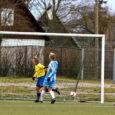 FC Kuressaare lõpetas eile esiliiga hooaja, võites viimases kohtumises Paide FC Flora linnameeskonda seisuga 1 : 0. Edasipääsu meistriliigasse oli Kuressaare saavutanud juba kolm mängu enne hooaja lõppu.