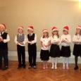 """Lümanda põhikooli õpilased andsid vanematele, kooli toetajatele ja sõpradele meeleoluka kontserdi """"Jõulude ootel""""."""