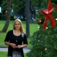 Austraalias on praegu suvi. Jõuluettevalmistused hakkasid hakkasid aga Sydney's pihta novembri alguses ja detsembrikuuks olid pargid, kaubanduskeskused ja söögikohad tehisjõulukuuski ja kaunistusi täis.