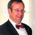 """President Toomas Hendrik Ilves allkirjastas otsuse anda Eestile osutatud teenete tunnustamiseks 99 inimesele Eesti vabariigi 95. aastapäeva eel riiklikud autasud. """"Eesti tänab ja tunnustab neid, kes on erinevatel elualadel ilmutanud […]"""