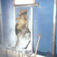 Ööl vastu eilset kella 3.36 ajal põles Kuressaares Suur-Sadama tänaval ühe ruutmeetri ulatuses elumaja välisseina isolatsioonimaterjali.  Päästjad kustutasid põlengu pulberkustutiga ja kontrollisid põlemiskoha üle.