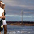 Andres ja Oleg Sõnajala osalusega ettevõte Timothy OÜ lubab asuda Kaarma vallalt sisse nõudma neile tekitatud majanduslikku kahju, mis tekkis väidetavalt vallaametnike süül Unimäe külla tuulepargi püstitamata jätmise tõttu.