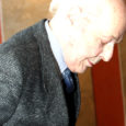Kuressaare linna septembris pärandivaidluse tõttu Euroopa Inimõiguste Kohtusse kaevanud Ragnar Sepa (pildil) kohtutee sai tagasilöögi, sest kohus jättis tema kaebuse menetlemata.