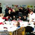 Eilsele doonoripäevale Kuressaare kultuurikeskuses kogunes nii palju rahvast, et ootejärjekord vere loovutamiseks kujunes suisa kahetunniseks. Sellist doonorite tungi ei osanud oodata verevarujad ega kogenud doonoridki.