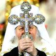 Maailma ajakirjanduses kirjutati sel nädalal, et Venemaa õigeusu kiriku uueks patriarhiks valitud metropoliit Kirill on suurepärane oraator ja meediafiguur. Ajalehed rõhutavad, et uus patriarh on teravalt kritiseerinud ühiskonnas üha enam maad võtvat moraalitust ja kutsub õigeusu kirikut üles senisest aktiivsemalt levitama kristlikke väärtusi.