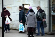 Esimene pensionipäev pangas suurt tunglemist ei tekitanud