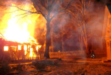 Praaklis põles kõrvalhoone