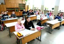 Linnavalitsus tõrjub koolijuhi kriitikat