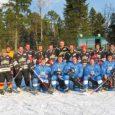 Hiiumaal Malvastes Randmäe puhketalu tiigil sai hiidlaste üleskutsel laupäeval teoks järjekordne hokilahing saarlaste ja hiidlaste vahel.