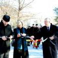 Kuressaare linnapea Urve Tiidus lõikas laupäeval läbi lindi, millega kuulutati ametlikult avatuks Kuressaare tänav endises Tammisaaris, nüüdses Raseborgi linnas.