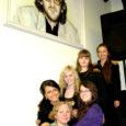 Läinud nädalavahetusel võitis Kuressaare Gümnaasiumi huvikooli Inspira tütarlaste ansambel Mandlike (juhendaja Pilvi Karu) Alo Mattiisenile pühendatud XIII üleriigilistel koolinoorte vokaalansamblite konkursil oma vanuseklassis (VIII–IX klass) laureaaditiitli ning esikoha. Edukalt esinesid ka teised Saaremaa ansamblid ning parima kontsertmeistri tiitli pälvis Britta Virves.