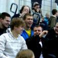 Negatiivse lisaeelarvega lõpetab Kuressaare täielikult Eesti meistrisarjades osalevate pallimänguklubide toetamise, mis viib selleni, et näiteks võrk- ja korvpalli Kuressaares Eesti tasemel järgmisel hooajal arvatavasti ei mängita.