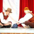 Möödunud kolmapäeval toimus Orissaare kultuurimajas 12. Orissaare gümnaasiumi näitemängupäev, mis erinevalt eelnenud aastatest oli tänavu temaatiline. Päeva esimeses pooles esinesid algklassid, teise poole sisustasid 5.–12. klasside Kreutz-waldi muinasjuttude teemalised etendused.