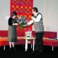 Ligi 20 aastat Kuressaares rahvakultuuri vedanud Tiiu Villsaar lahkub ametist, kuna ei soostunud linnavalitsuse pakutud palga alandamise kokkulepet sõlmima.