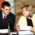 Kuressaare linnavolikogu üleeile toimunud erakorralisel istungil tegi hariduskomisjoni esimees Piret Pihel ettepaneku muuta Kuressaares 12 aastat kasutusel olnud üldhariduse rahastamismudelit.